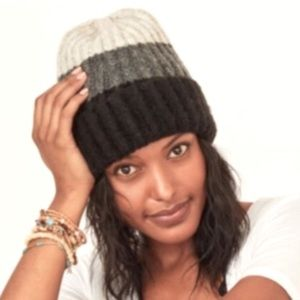 Chunky Soft Knit Color Block Beanie